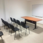 172_Montagem mesa reunião semi oval 2400x1100x750mm