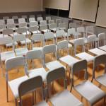 417_Montagem cadeira fixa 4 pés escolar cinza