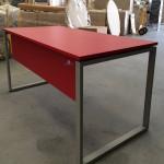 Secretária 1800x800mm melamina vermelho Kclose 75