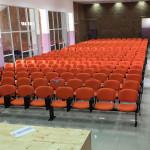 Auditório cadeira em viga tecido com palmatória_446