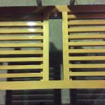 Banco corrido para balneário madeira maciça_455