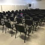 Cadeira formação com palmatória revestida tecido 566