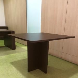 Taxus Mesa Reunião Quadrada | Mobiliário de Escritório