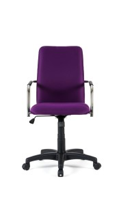 Cadeira Eros, costa alta, mecanismo oscilante com possibilidade de bloqueio em duas posições, braços em ferro com aplique em PP incluído BER.500