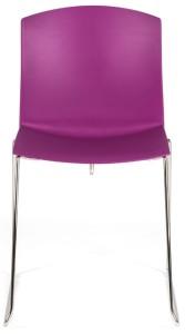 Cadeira Pull, estrutura patim cromada, casco em PP. Cores disponíveis para o casco: vermelho, preto, branco, laranja, castanho, amarelo, violeta, verde, azul e cinza BPU.205
