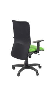 Cadeira Reflex, costa em rede, assento com estofo, mecanismo sincronizado com possibilidade de bloqueio em cinco posições, com regulação da costa em altura BRF.500